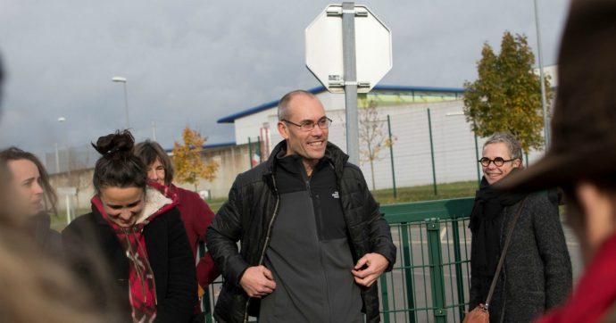G8 di Genova: la Cassazione francese boccia la scarcerazione del black bloc Vincenzo Vecchi