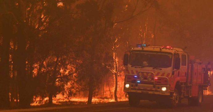 Australia, il caldo record tocca un nuovo picco: temperatura media a 41,9°. Centinaia gli incendi