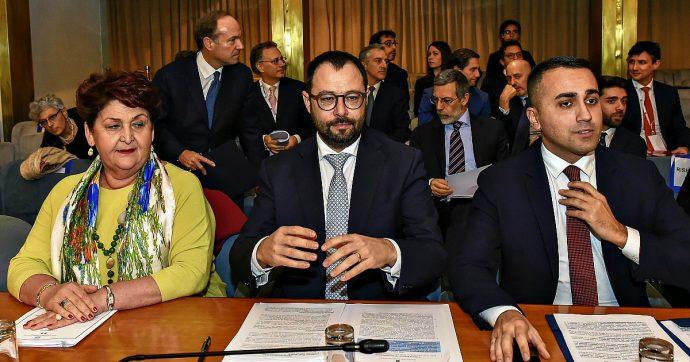 """Concessioni autostradali, Di Maio: """"Battaglia di civiltà, avviare revoca"""". Zingaretti: """"No a giudizi sommari, sì a uno Stato più forte"""""""