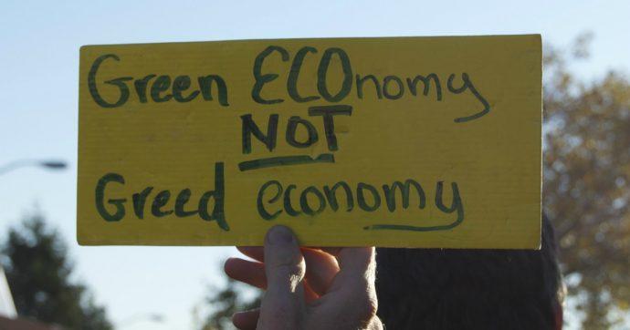 L'impatto del Covid sulla green economy: giù riciclo dei rifiuti e investimenti verdi, sharing mobility a picco, calano impianti rinnovabili