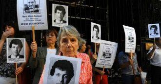 """Francia, estradato in Argentina il torturatore Mario """"Churrasco"""" Sandoval: era stato docente alla Sorbona"""