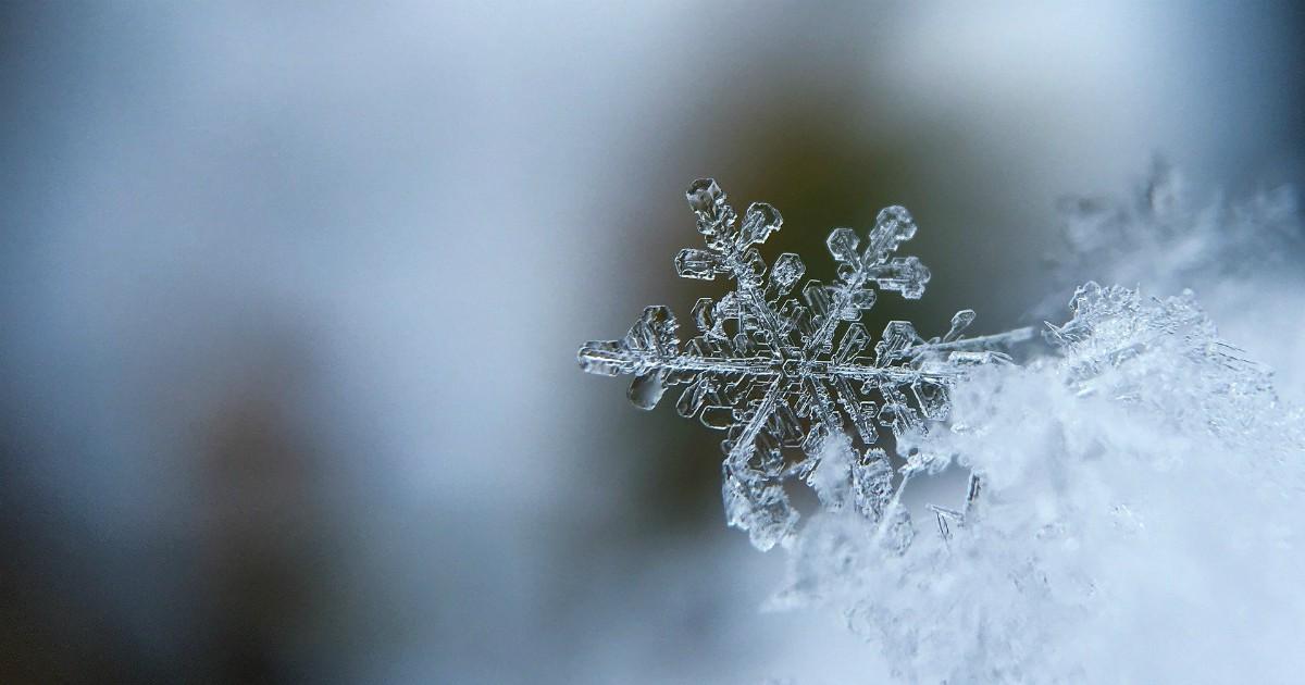 Come lo studio di un fiocco di neve a Capodanno può migliorare la trasmissione dati