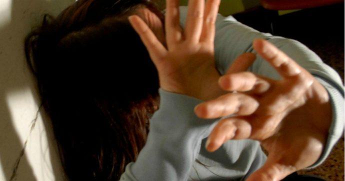 Taranto, violenza sulla fidanzata e stalking contro l'ex di lei: arrestato 23enne