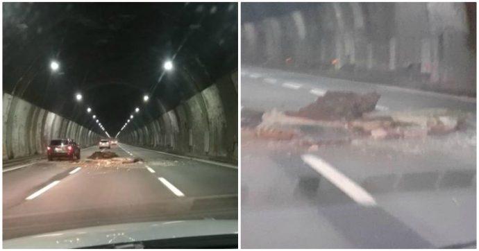 Autostrade, si stacca parte del soffitto di una galleria vicino a Genova: chiusa la A26. Martedì la concessionaria convocata dal Mit