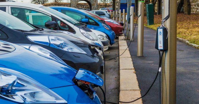 Auto elettriche e ibride, a settembre meglio del diesel in Europa. E' record