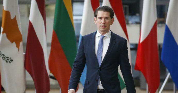 Austria, il divieto di indossare il velo nelle scuole è un'inaccettabile forma di terrorismo razziale