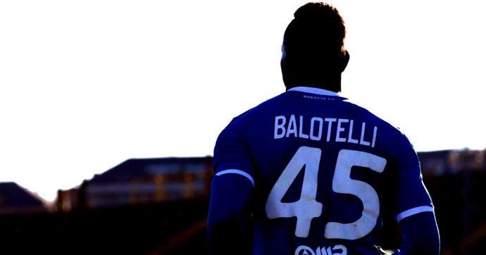 """Balotelli, lo sfogo dell'attaccante dopo i cori dei laziali: """"Chi era presente si vergogni"""""""