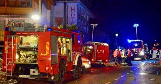 Alto Adige, auto travolge comitiva di giovani turisti tedeschi in valle Aurina: 6 morti e 11 feriti. Arrestato 27enne che guidava ubriaco