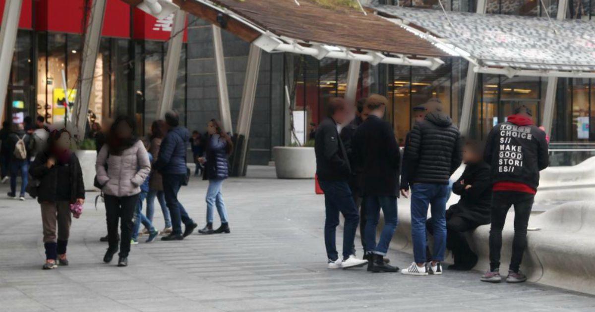 Milano, fermata la donna che ha aggredito un 28enne con