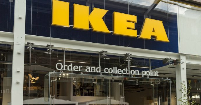 "Video hard girato all'Ikea diventa virale, la replica dell'azienda: ""Comportatevi in modo civile"""