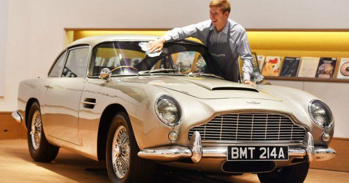 Aston Martin, il crollo in Borsa. A rischio le auto di James Bond?