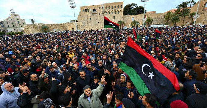 """Libia, arrivano le prime truppe turche. Putin da Erdogan: """"Arrivare a un cessate il fuoco"""". Di Maio al Cairo non firma documento congiunto"""