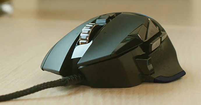 Logitech G502 Hero, mouse per gaming super configurabile, a metà prezzo su Amazon