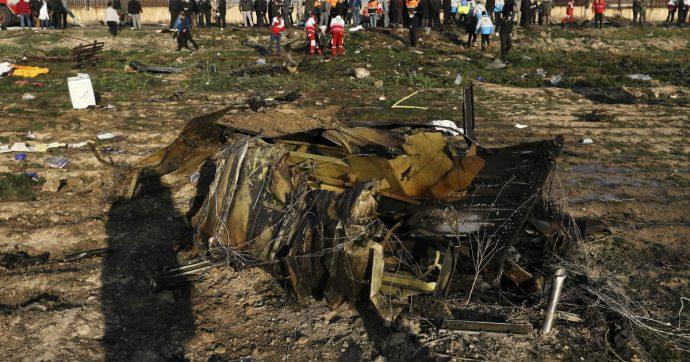 """Boeing ucraino caduto in Iran, il premier canadese Trudeau: """"Secondo diverse fonti è stato abbattuto da un missile iraniano"""""""