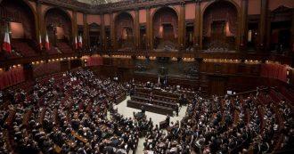 Repubblica si schiera (come le altre testate del gruppo) contro il taglio dei parlamentari. Ezio Mauro ritwitta, ma nel 2013 diceva il contrario
