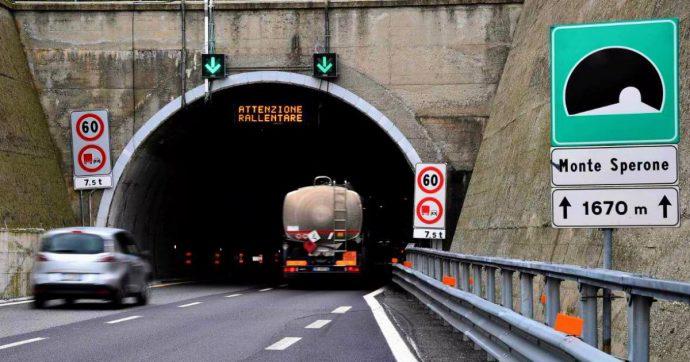 """Liguria, incontro tra ministero e Autostrade: """"No a chiusura della A26, verifiche più veloci nelle gallerie"""""""