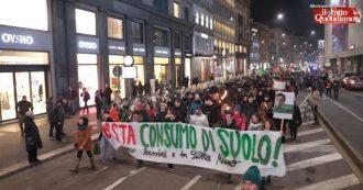 """Milano, ambientalisti contro taglio degli alberi: """"Città piena di cementificazione selvaggia. Sala ci pensi bene prima di fare paladino del verde"""""""