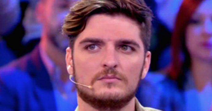 """Luigi Mario Favoloso telefona a Barbara D'Urso e confessa. Ecco la sua versione dei fatti: """"Allontanamento per un motivo molto grave"""""""