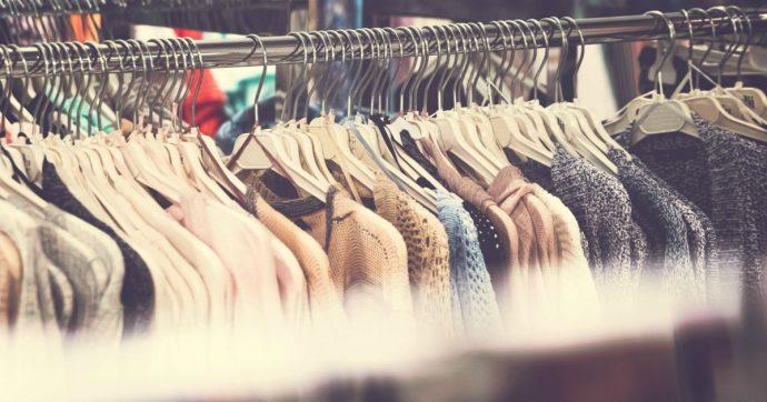 """La moda buona di Quid, l'azienda """"solidale"""" che aiuta l'ambiente riciclando i tessuti"""