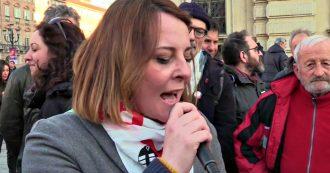 """Nicoletta Dosio, al corteo la lettera della No Tav in carcere: """"In cella tocco con mano l'ingiustizia. La mia giusta protesta è diventata reato"""""""