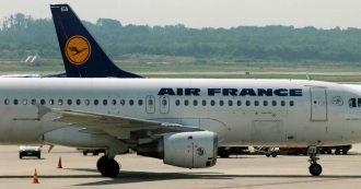 """Francia, il padre del 14enne trovato morto nel carrello dell'aereo: """"Mio figlio fuorviato"""""""