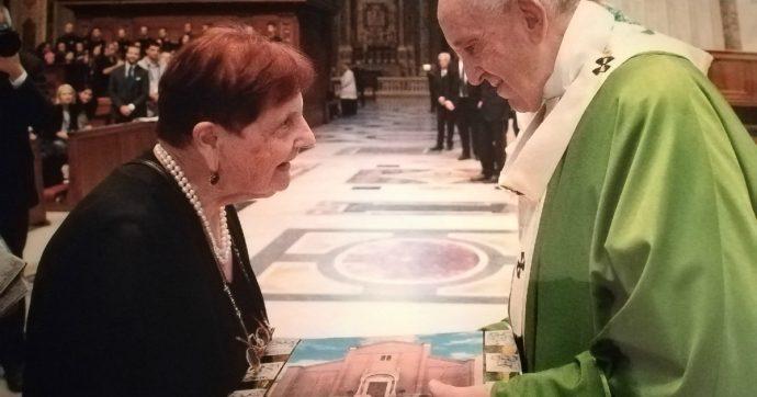 """Don Arrigo Beccari, la prof 89enne della sua scuola: """"Ci ha educati alla bellezza. E tutto quello che aveva l'ha dato agli altri"""""""