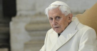 """Joseph Ratzinger: """"Il celibato dei sacerdoti è indispensabile, ha grande significato. Non posso tacere"""""""