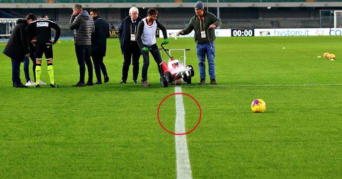 Hellas Verona-Genoa, la partita comincia con 15 minuti di ritardo: la riga dell'area era storta