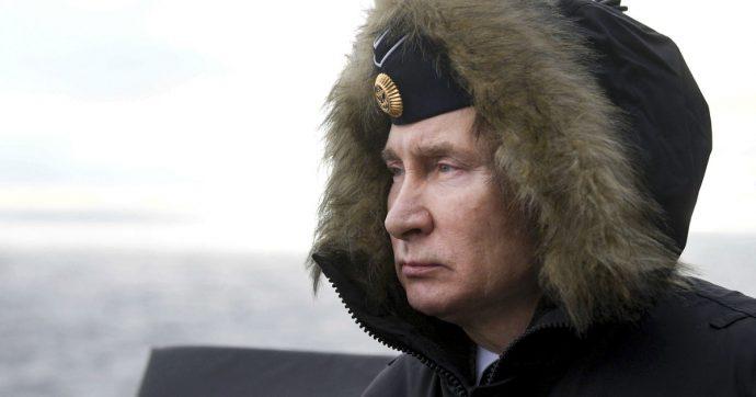 """Vladimir Putin, il leader russo vara la riforma costituzionale per restare al potere fino al 2036. Oppositori: """"Colpo di Stato"""""""