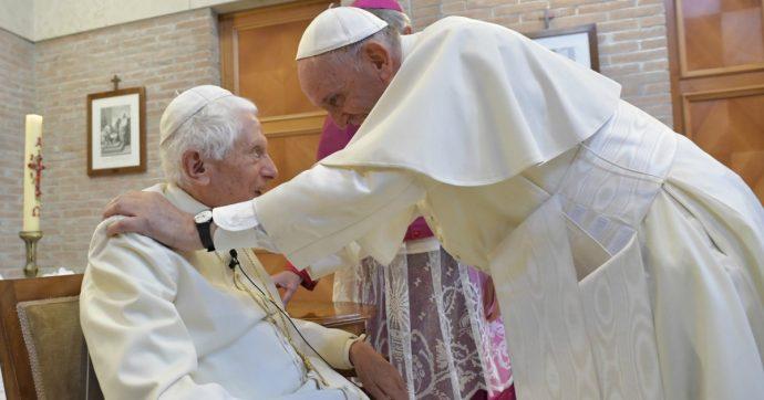 Il Papa è uno solo e il suo nome è Bergoglio. Nemmeno Ratzinger lo mette in dubbio