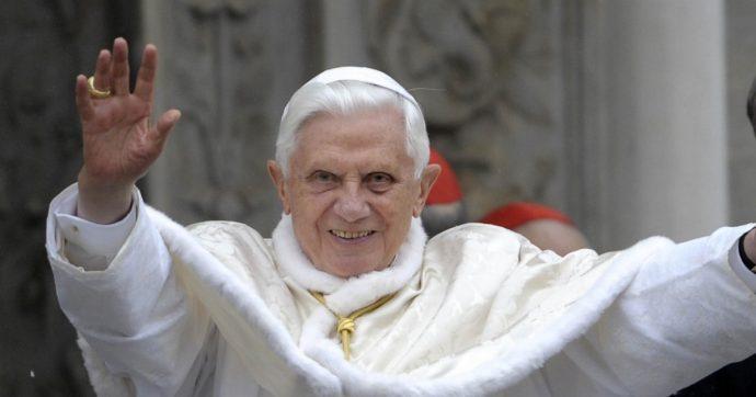 Ratzinger, nel giallo del libro sul celibato la verità sta nel mezzo