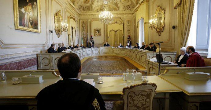 """Spazzacorrotti, la Consulta: """"Illegittima l'applicazione retroattiva"""". Incompatibile con l'articolo 25 della Costituzione"""