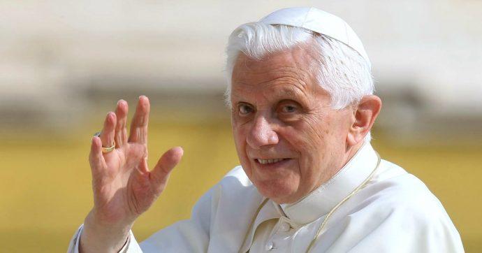 Ratzinger condivideva il libro del cardinal Sarah. E in meno di 48 ore la tesi del malinteso è stata smontata