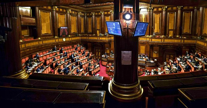 Gregoretti, decisione sul voto ritarda ancora: 'Prima riequilibrare Giunta per regolamento'. Giallo su pranzo Casellati-Salvini