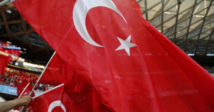 """Turchia, dopo 3 anni torna accessibile Wikipedia. I giudici: """"Il blocco ha violato libertà d'espressione"""""""