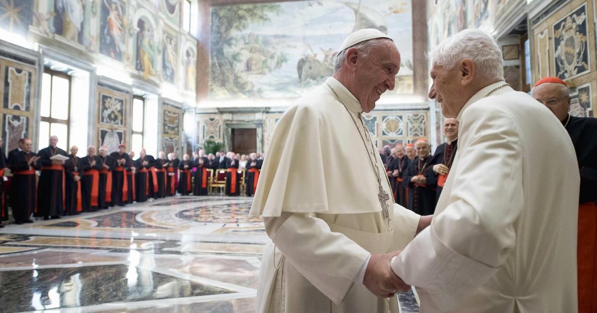 Non solo preti sposati, Francesco apre alle donne