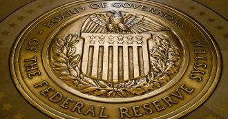 """Coronavirus, negli Stati Uniti Federal Reserve taglia i tassi e acquista titoli di Stato per 700 miliardi di dollari. Trump: """"Grande passo"""""""