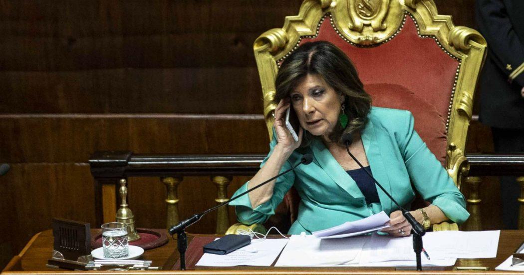 """Gregoretti, processo a Salvini: il verdetto in Giunta il 20 gennaio. Passa la linea del centrodestra: la presidente Casellati vota ed è decisiva. Zingaretti: """"Scorretta, non è super partes"""". Brescia (M5s): """"Si dimetta"""""""