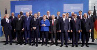 """Libia, sì di al-Sarraj e Haftar alla commissione per monitorare la tregua. Merkel: """"Impulso per la pace, tutti d'accordo su embargo armi"""""""