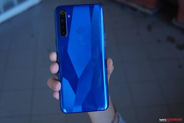 Recensione Realme 5, smartphone economico dalla grande auton