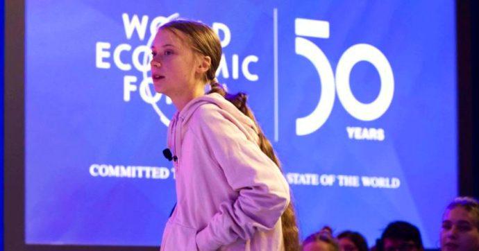 Greta Thunberg contro l'ineguaglianza dei vaccini: donati 100mila euro attraverso la sua fondazione a sostegno del programma Covax