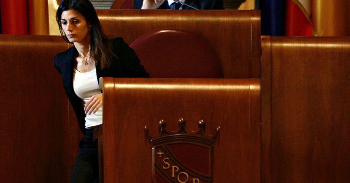 Rifiuti Roma, Raggi va sotto in Assemblea: bocciata la nuova discarica nella Valle Galeria, 12 consiglieri M5s votano con l'opposizione