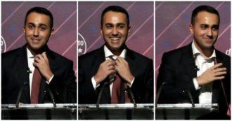 """M5s, Di Maio saluta e si toglie la cravatta: """"È stato il mio simbolo. Un modo per onorare la serietà delle istituzioni"""""""