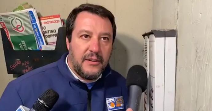 Forza Salvini, ora vada a citofonare a casa di un mafioso