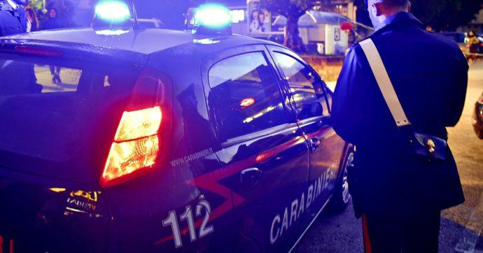 Grosseto, ex agente della polizia municipale spara alla moglie e si uccide: donna in gravi condizioni