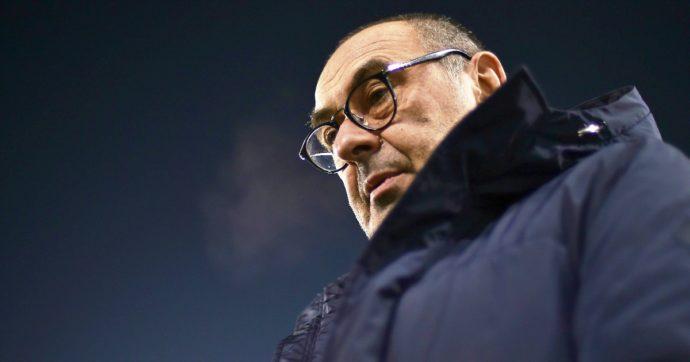 """Juventus, Sarri: """"Se non volevo essere sotto esame facevo domanda alle poste"""". Che replicano con una nota: """"Noi grande azienda"""""""