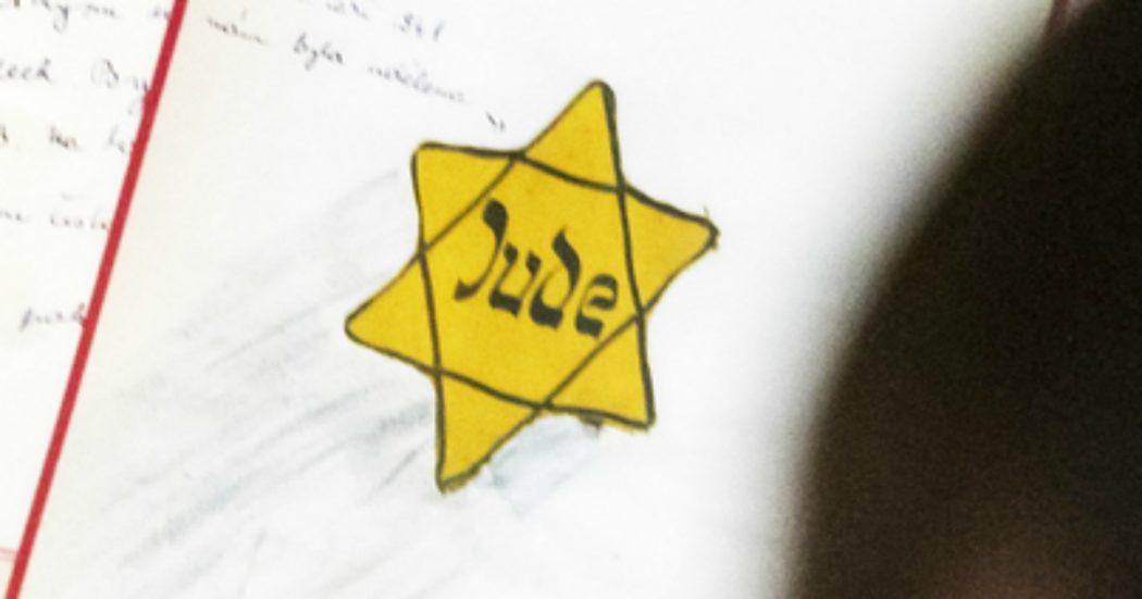 """Torino, la scritta sul palazzo della figlia di una staffetta partigiana: """"Crepa sporca ebrea"""""""