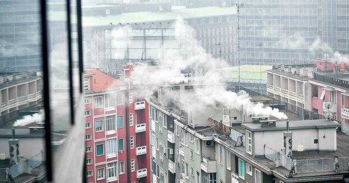 """Smog, Ispra: """"calano emissioni delle auto, aumentano i PM10 da riscaldamenti"""""""