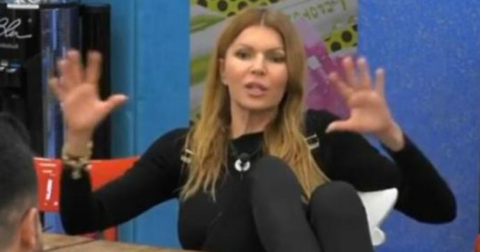 """Grande Fratello Vip, Rita Rusic contro Adriana Volpe: """"Fallo con Magalli e non rompermi i cog***"""""""