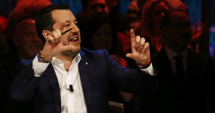 Salvini: a forza di baciare il rosario, a Capitan Fracassa è riuscito il miracolo